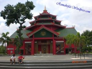 masjid-cheng-ho-surabaya-indonesia+1152_13014783267-tpfil02aw-24765